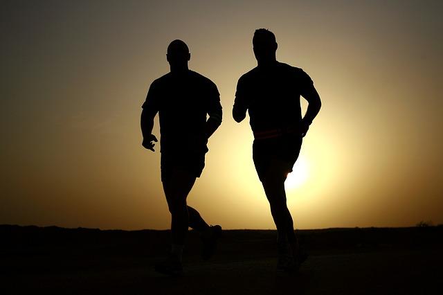 závodníci siluety