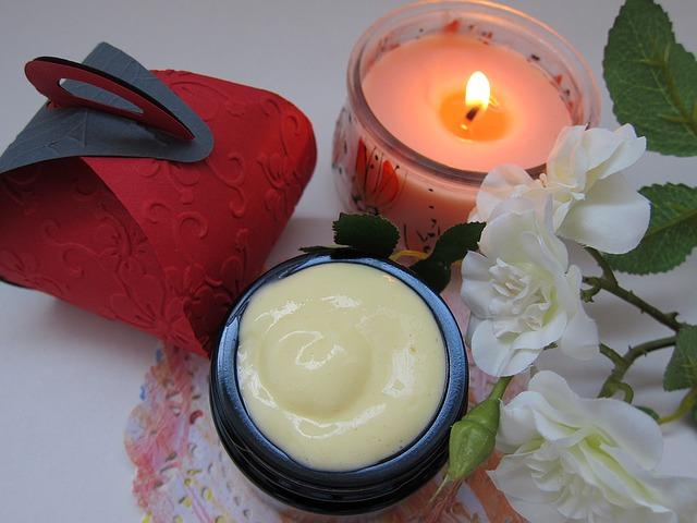 svíčka a krém.jpg