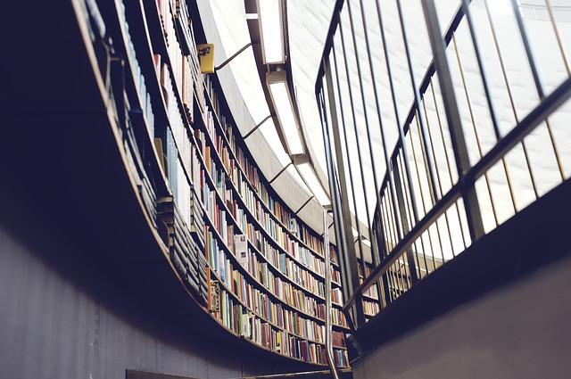kulatá knihovna.jpg